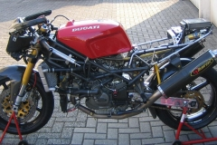 888_Race gestripped left